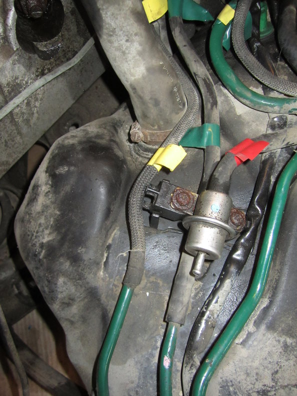 2000 v70r awd fuel and emissions pipe routing 019 1998 volvo v90 engine diagram 1998 volvo v70 t5 engine diagram 1998 volvo v90 wiring diagram at bakdesigns.co