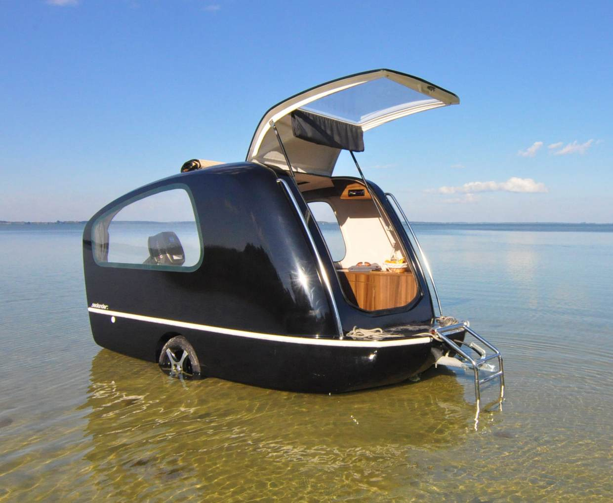 Sealander towed camper: it's a boat too