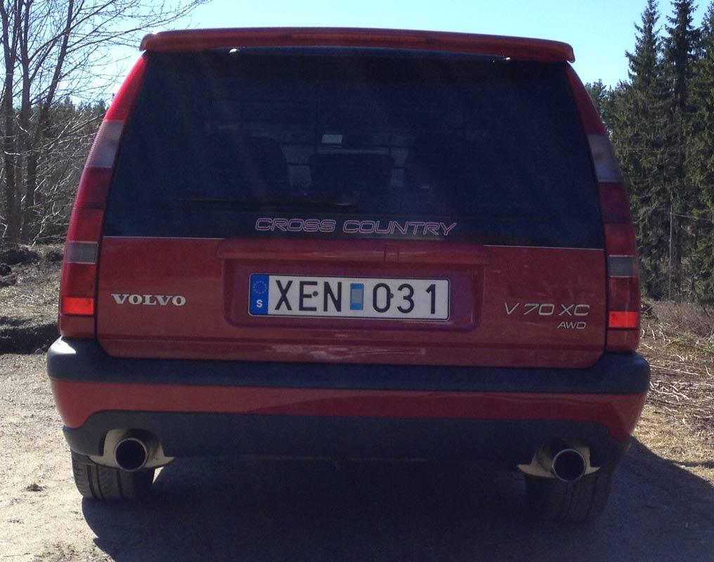 V70 XC red
