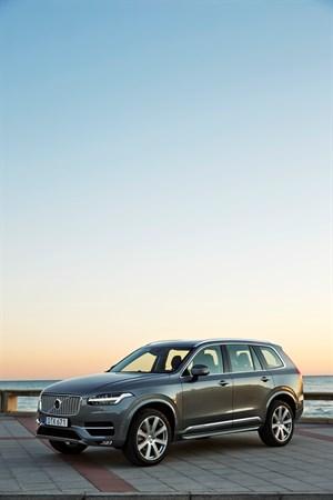 Volvo Recalls New XC90