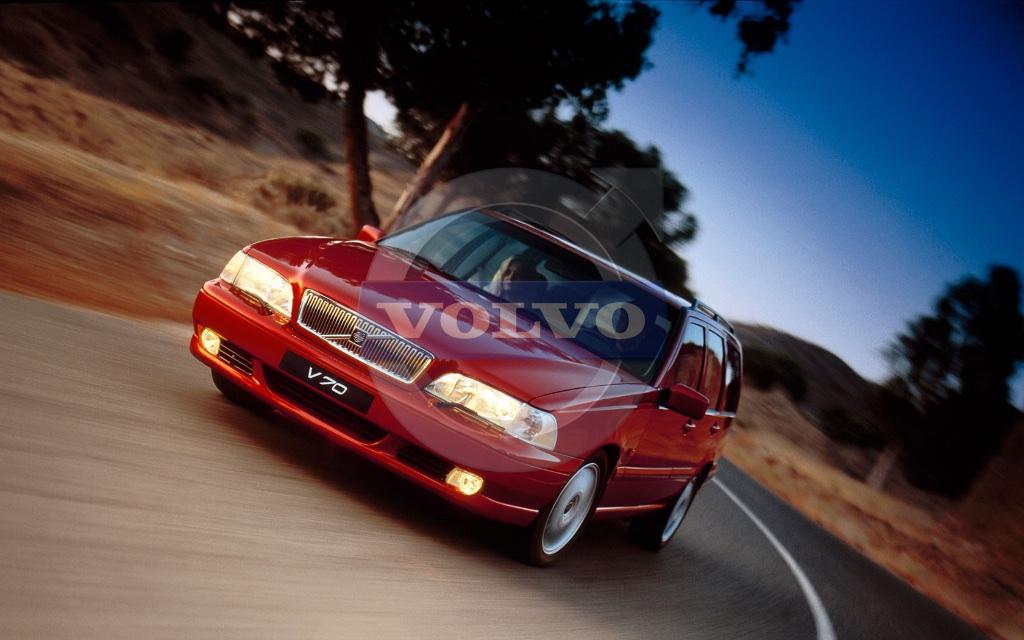 1998-v70-volvo-press-release.jpg