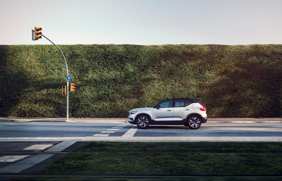Volvo XC40 Recharge P8 Awd In Glacier Silver, -  Technology, Corporate, Design, Exterior, Images, Electrification, Driving, XC40, 2019, 2020 XC40