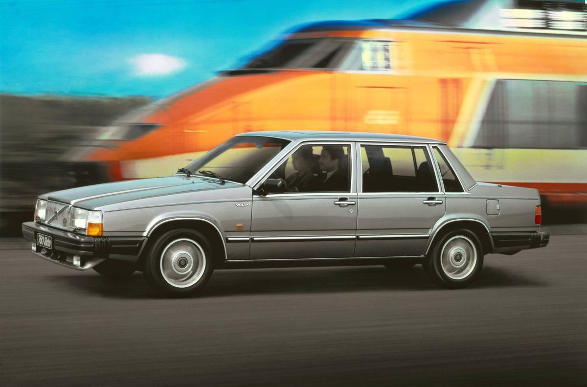 6204 Volvo 760 -