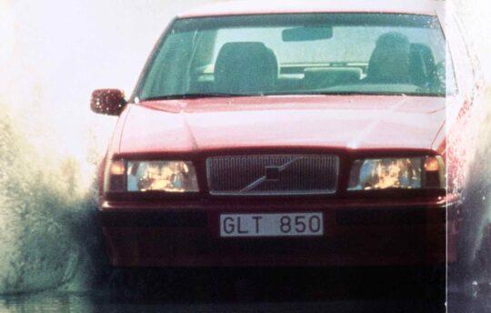 1993 Volvo 850 Debut Sales Brochure