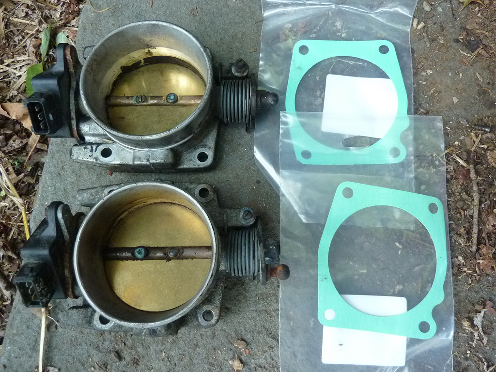 Volvo 850 Egr Valve Clean A Throttle Body On Manifold For Performance Matthews 1024x768