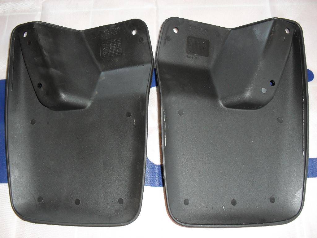 V90 Rear Mudflaps