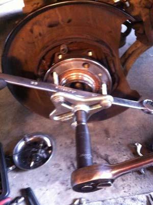 Replacing Rear Wheel Bearing/Hub Assembly, 2001+ XC70/XC90 - Matthews Volvo Site