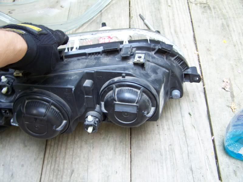 volvo S60 headlight