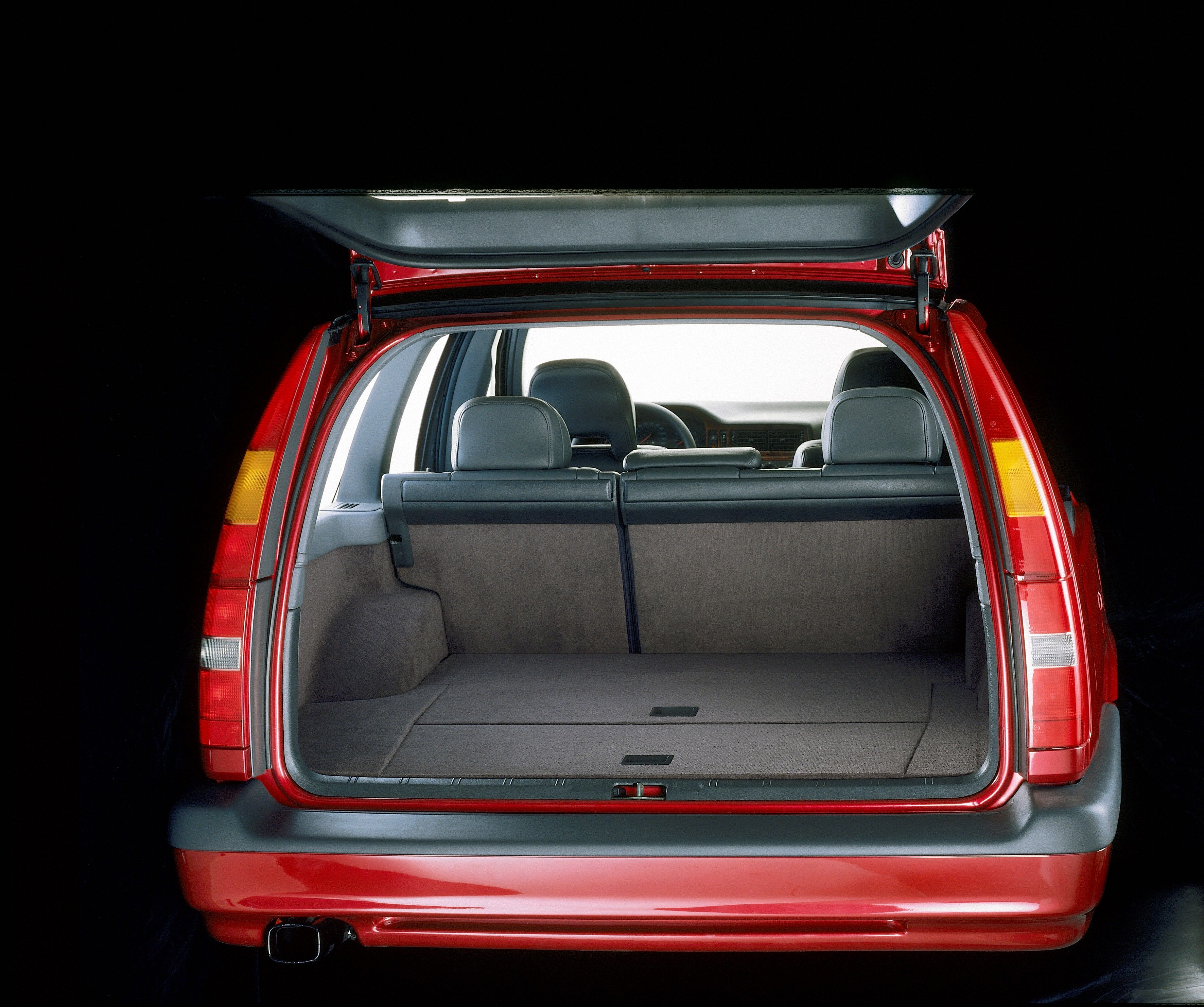 Volvo 850 Interior -  850, 850 wagon, 1996, Exterior, Historical, Images, Safety