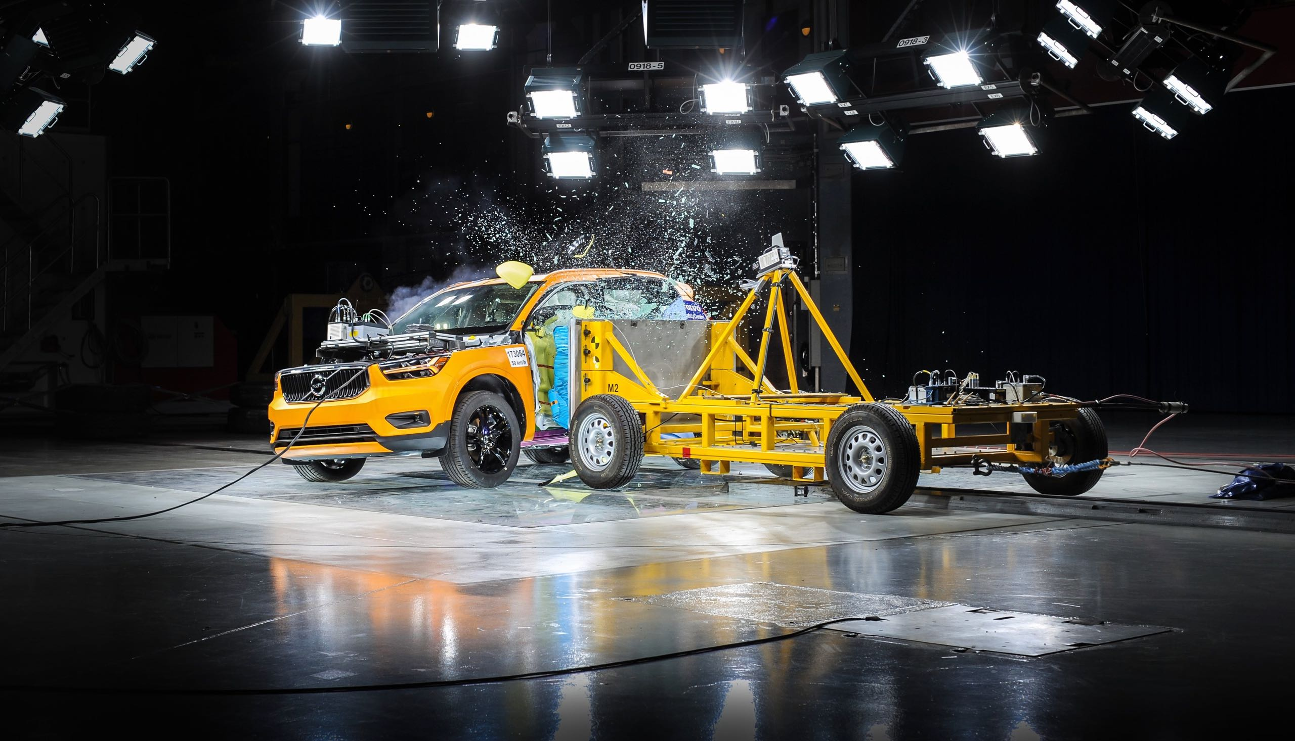 New Volvo XC40 Crash Test -  2017, 2018, 2018 New XC40, Exterior, Images, New XC40, Quality, Safety