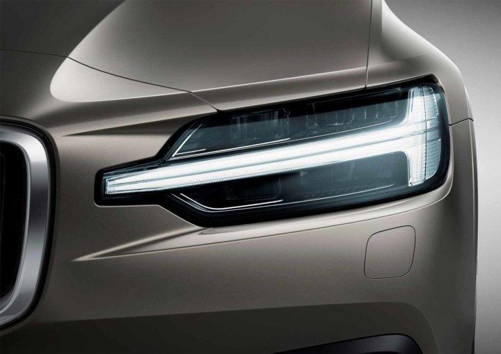 New Volvo V60 Exterior1 -
