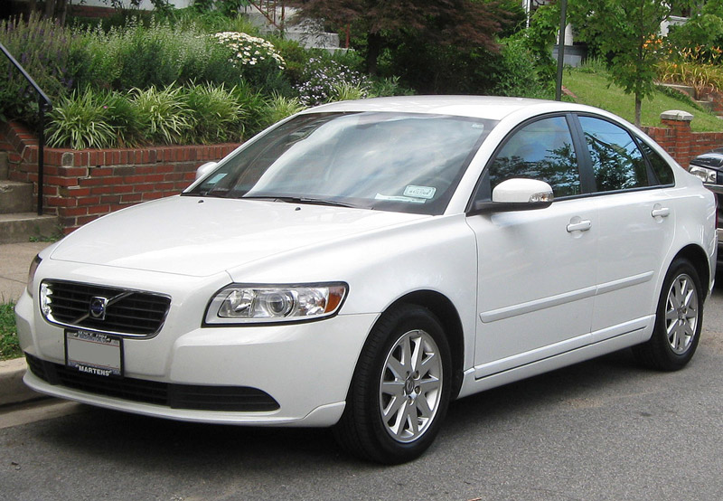 volvo-s40-second-gen-white-800w.jpg